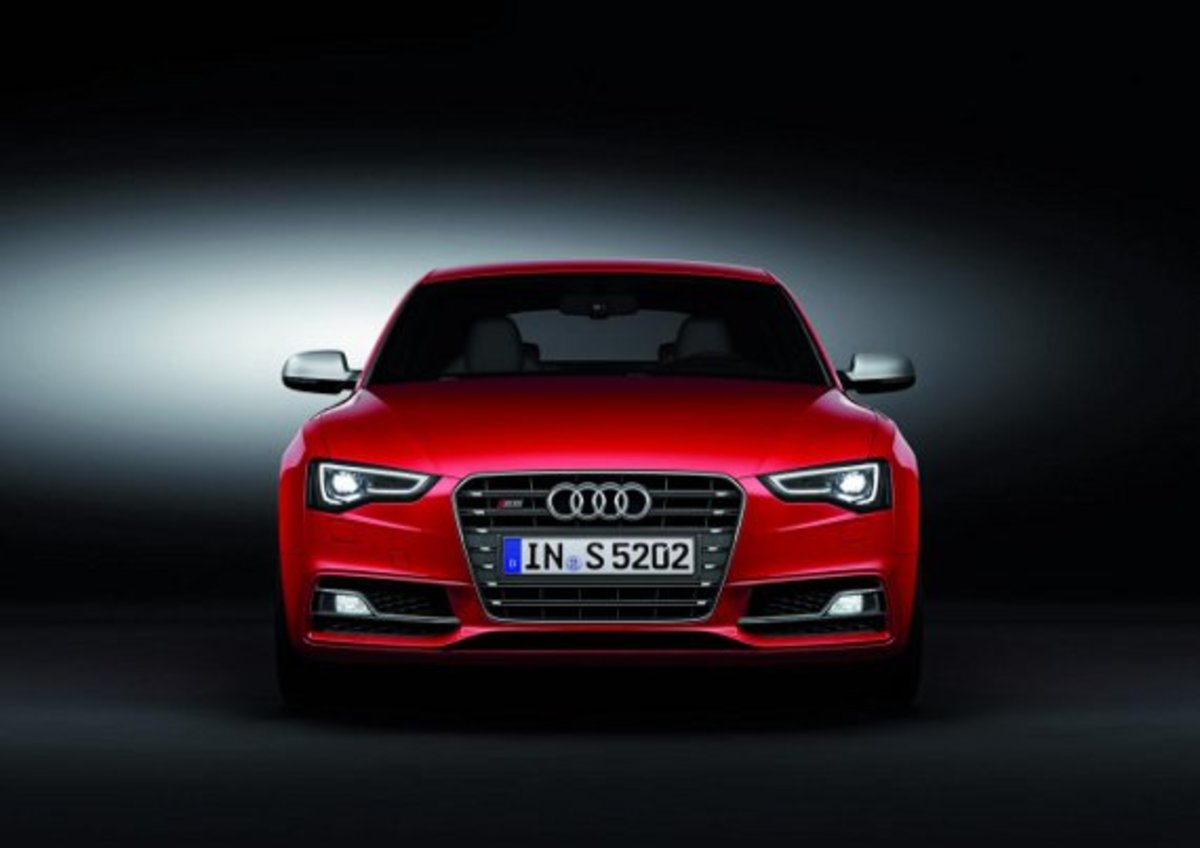2012 Audi S5 | Preview