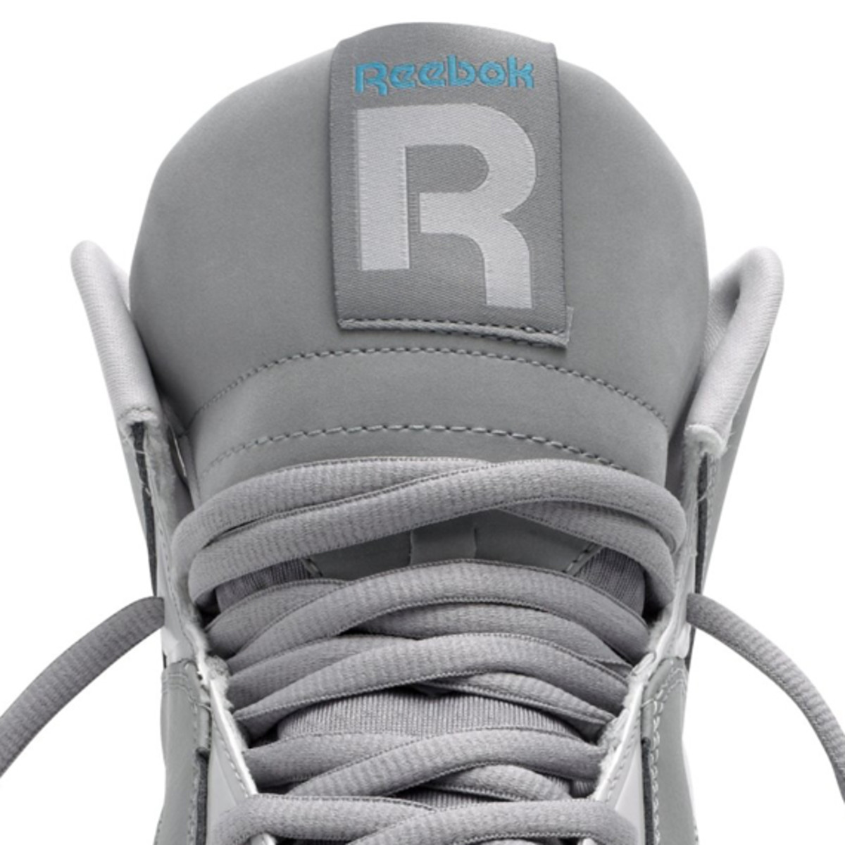 reebok-classics-kamikaze-carbon-steel-feather-blue-07
