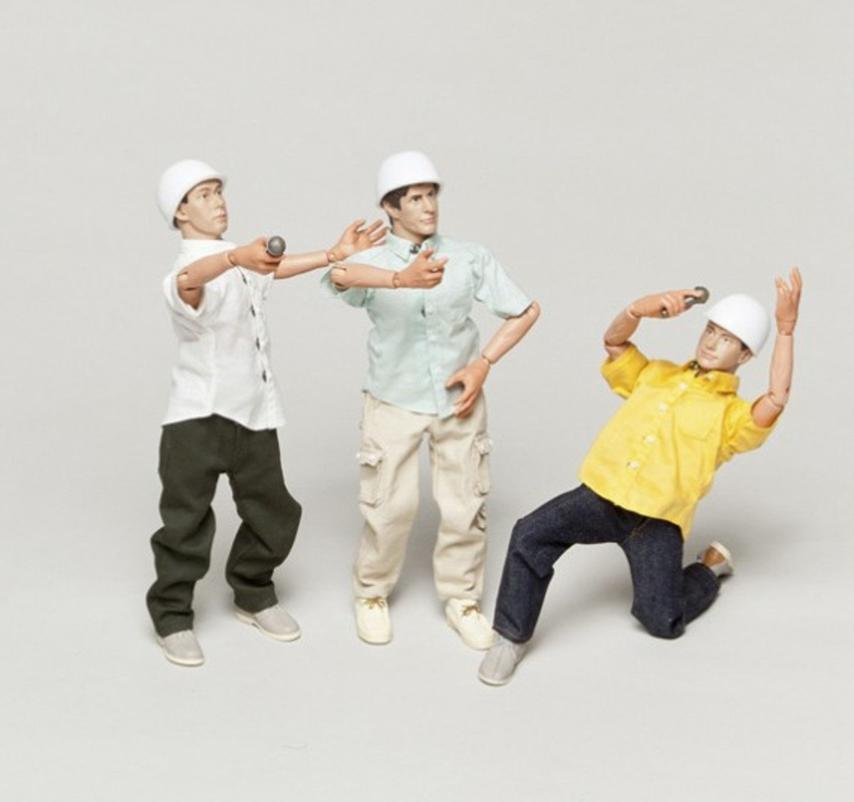 a-bathing-ape-beastie-boys-action-figures-auction-04