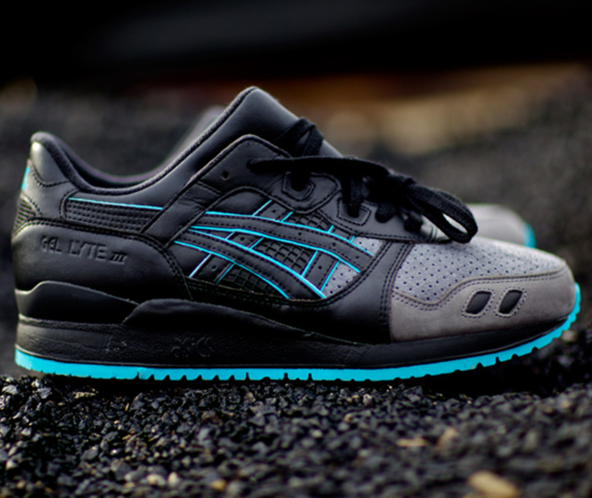 ronnie-fieg-asics-gel-lyte-iii-leather-back-kith-01