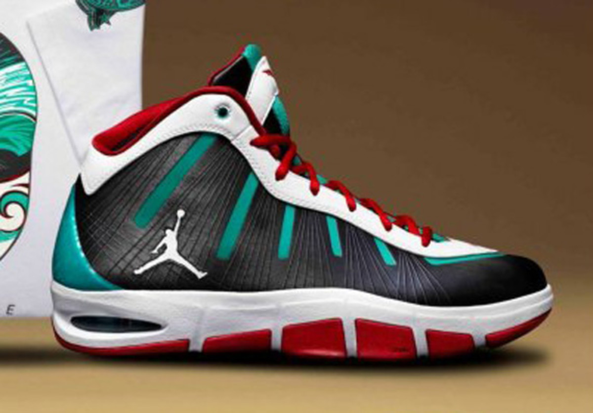 jordan-melo-m7-flight-tour-2011-pe-02