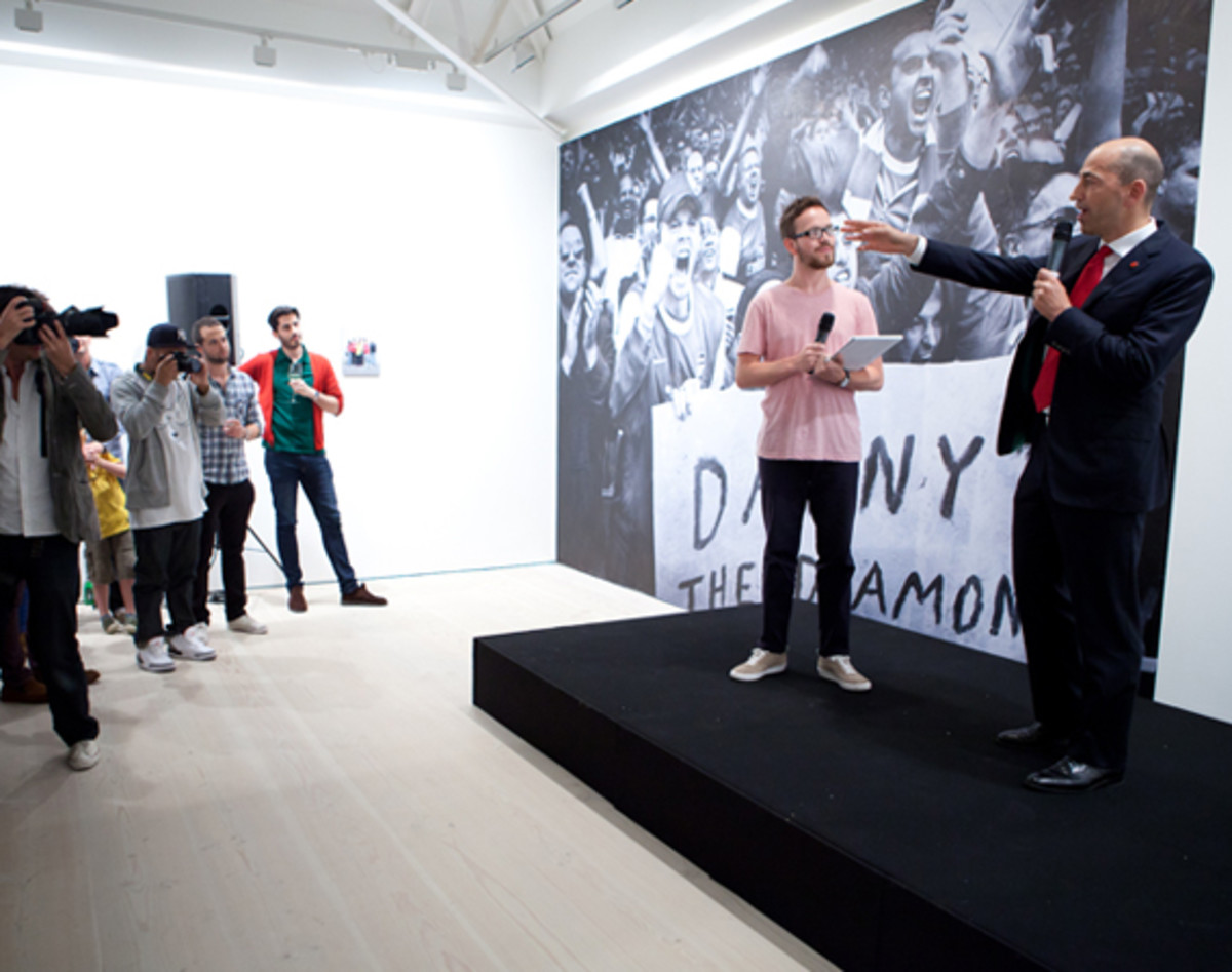 nike-the-arsenal-125-saatchi-gallery-29