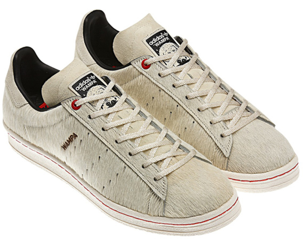 star-wars-adidas-originals-campus-80s-wampa-01