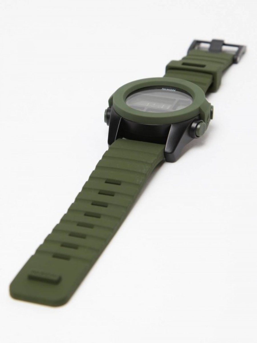 the-unit-a197-surplus-watch-05