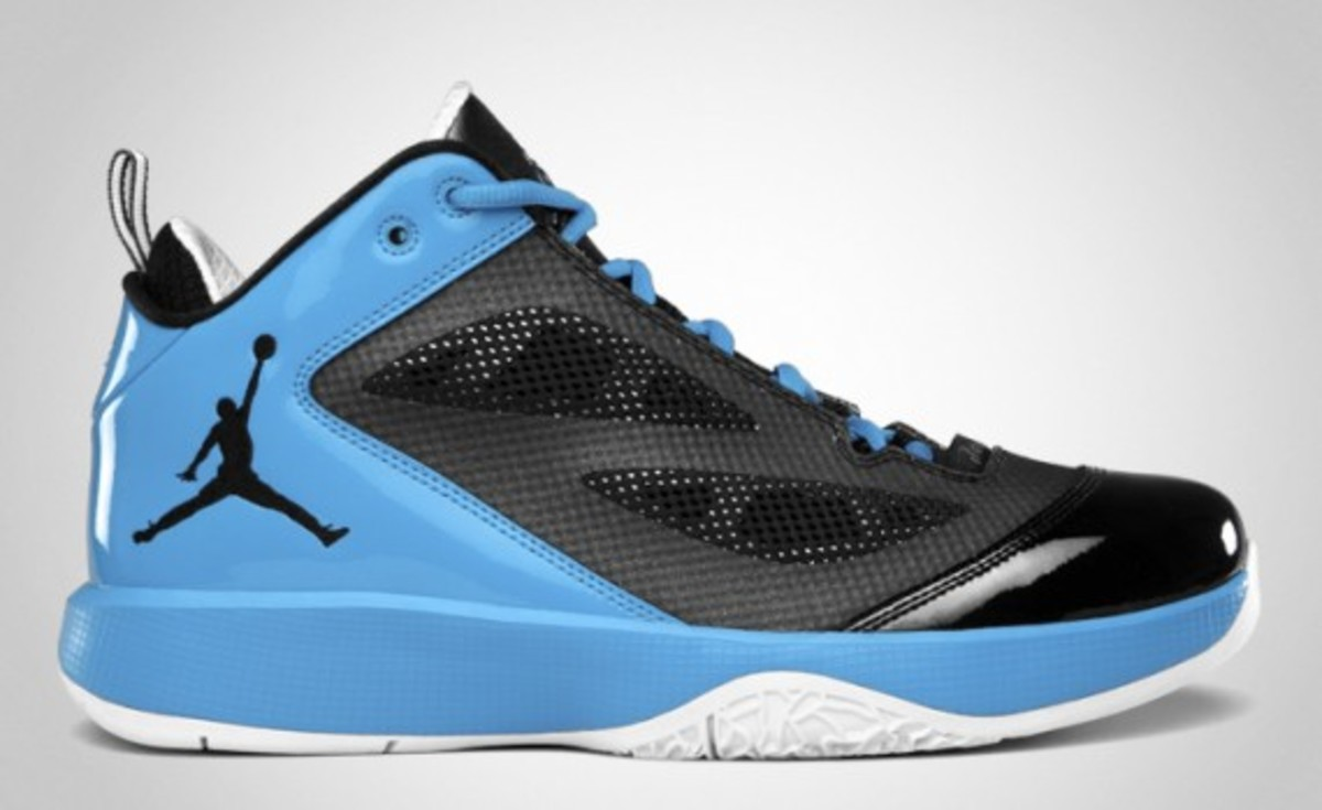 air-jordan-2011-q-flight-03