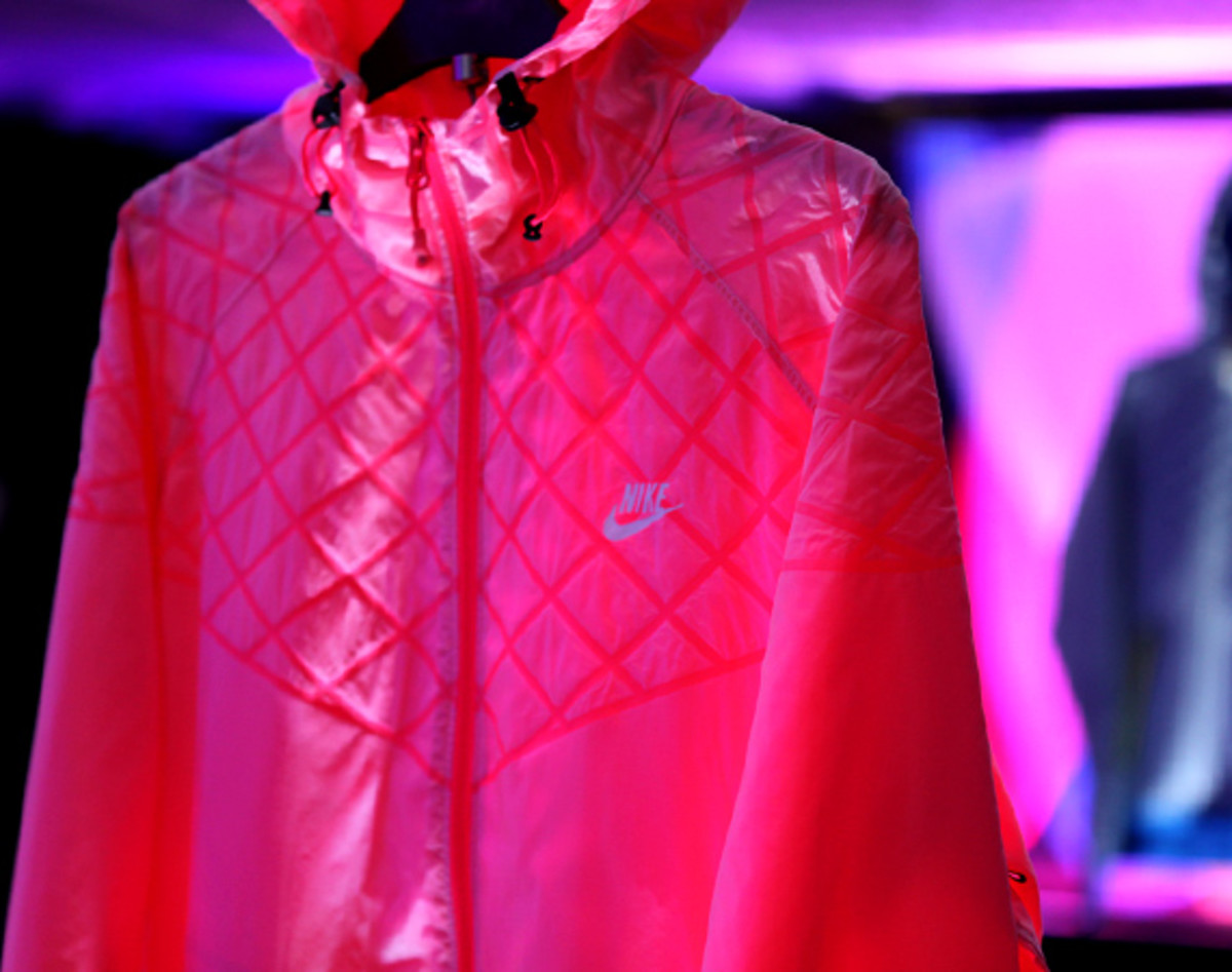 nike-sportswear-hyperfuse-product-preview-london-12