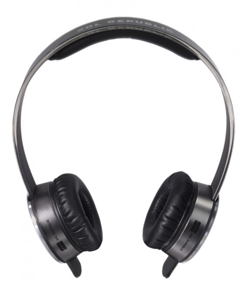 sol-republic-tracks-headphones-silver-02