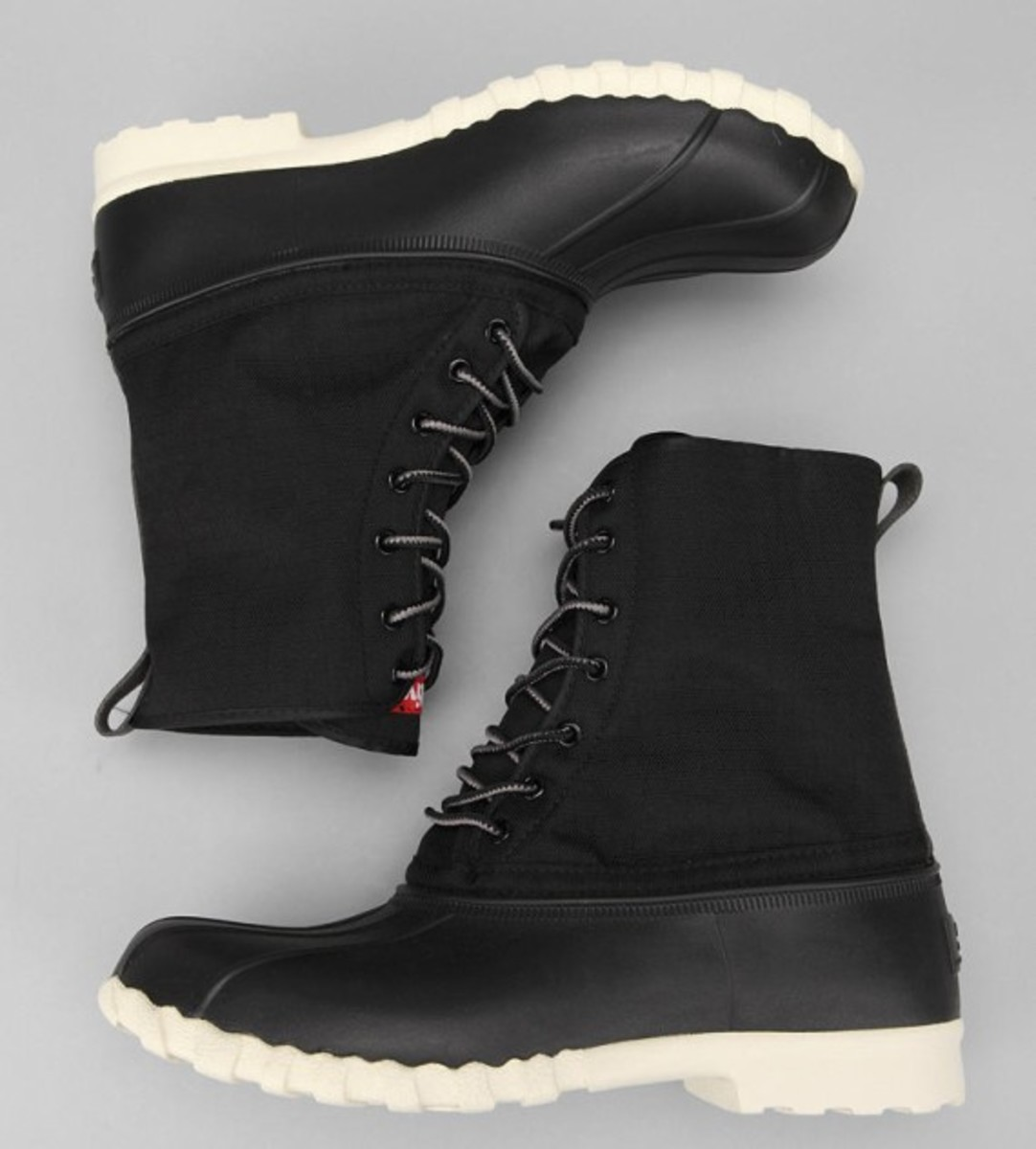 native-jimmy-duck-boots-black-01