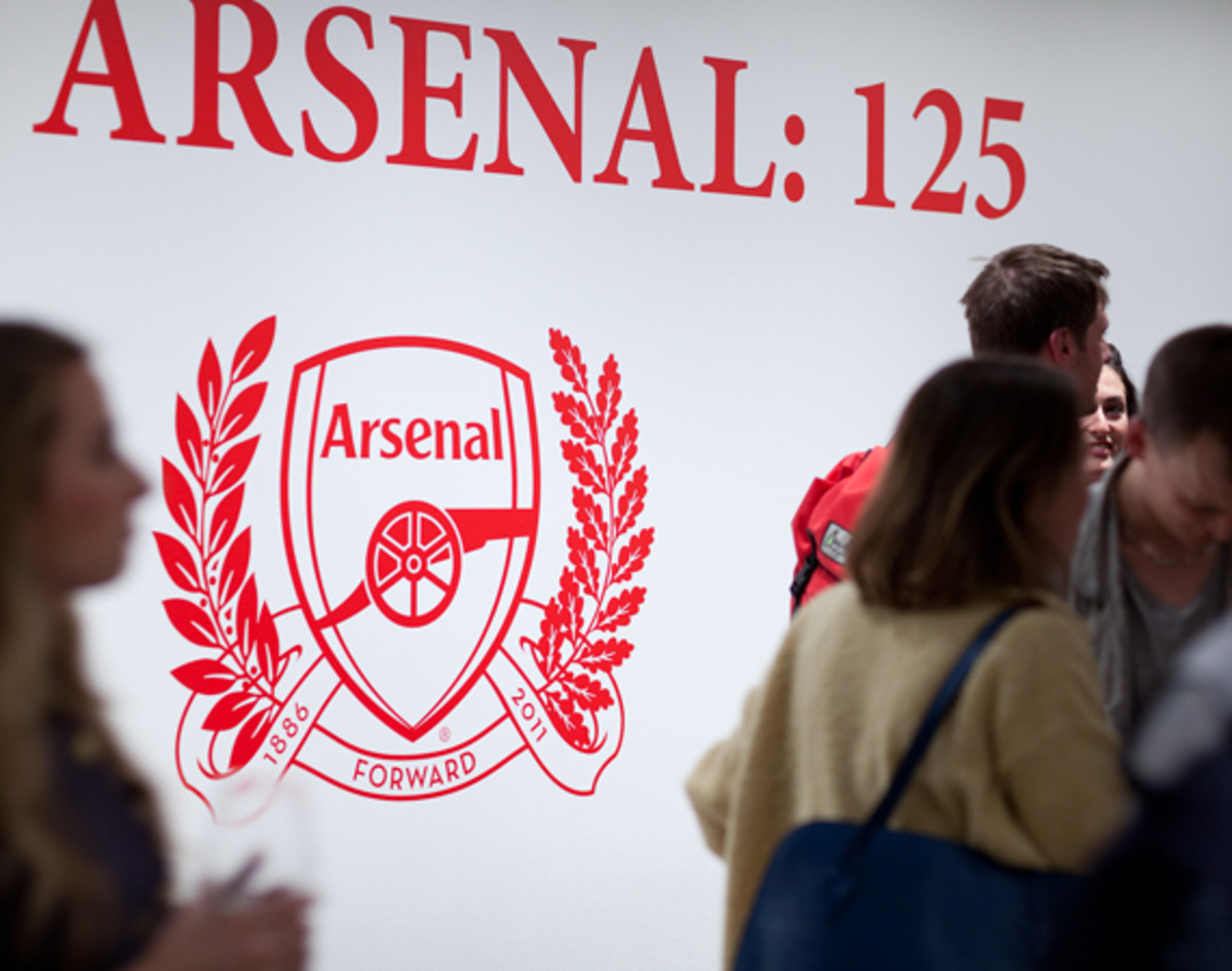 nike-the-arsenal-125-saatchi-gallery-01
