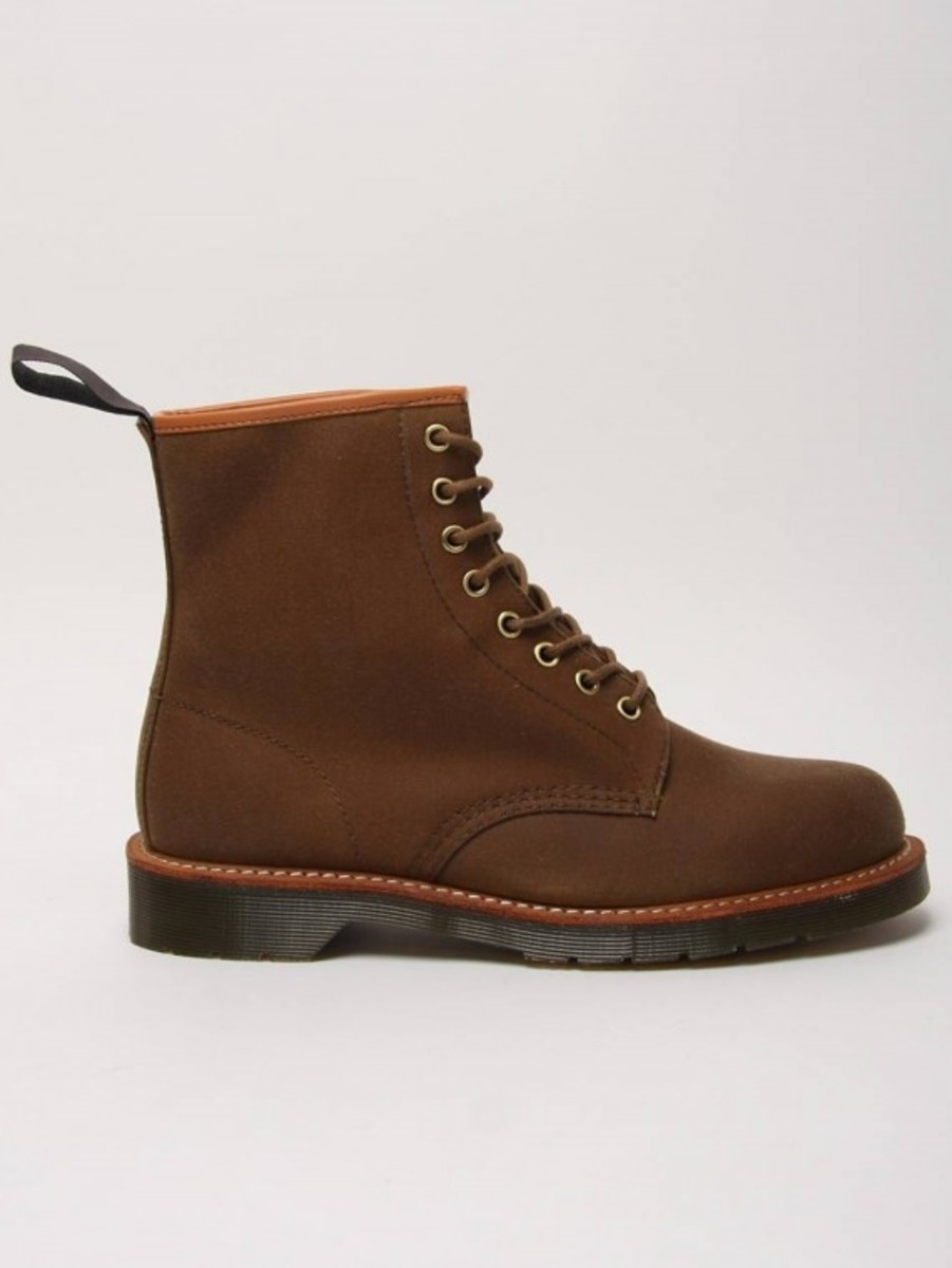 windsor-lark-8-eye-boots-03