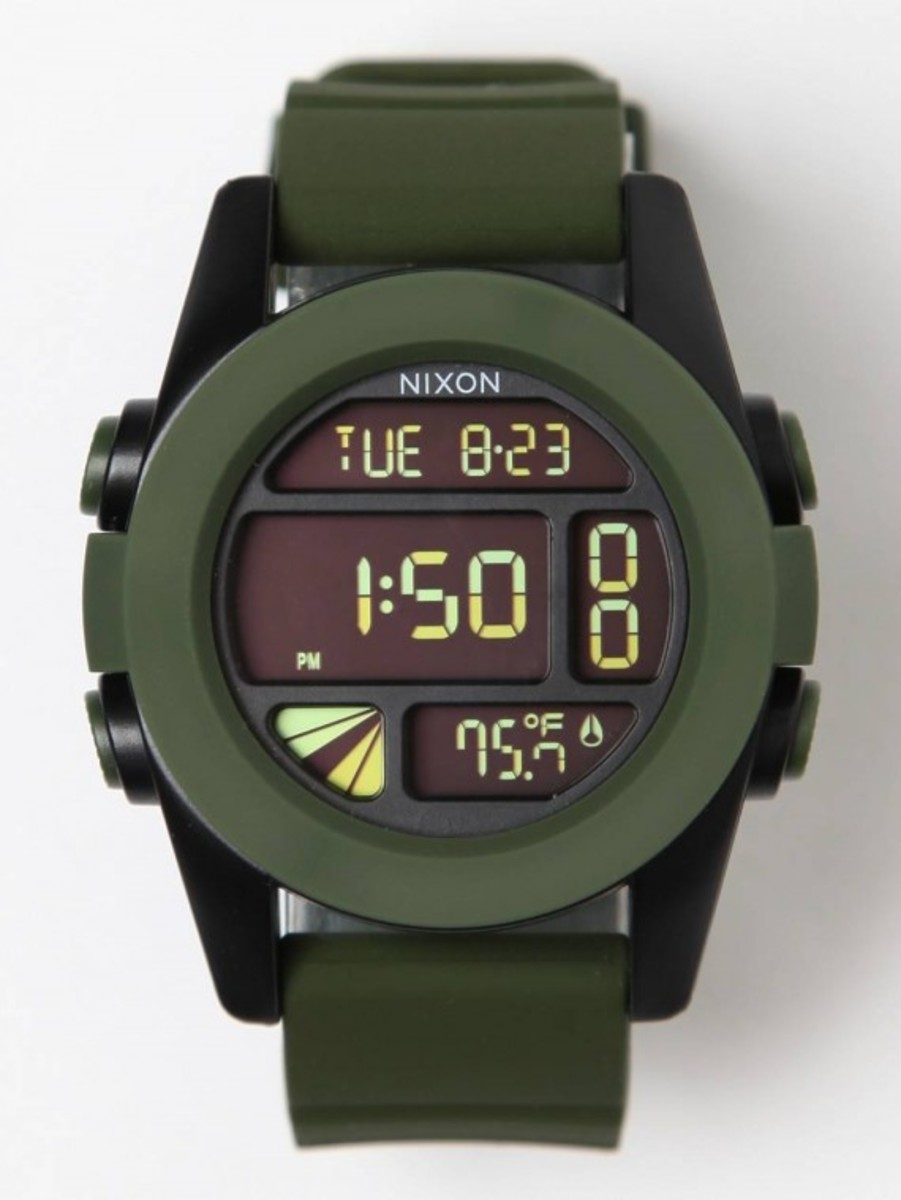 the-unit-a197-surplus-watch-01