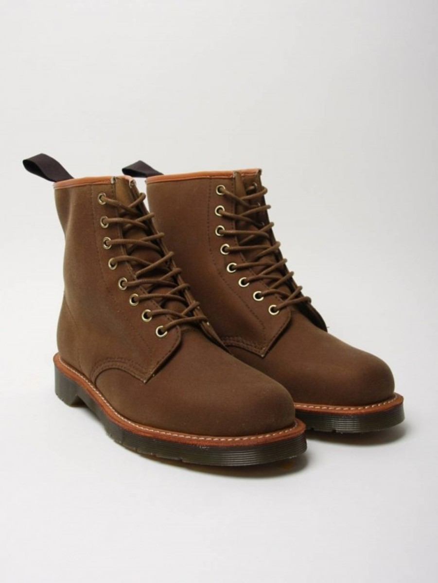 windsor-lark-8-eye-boots-01