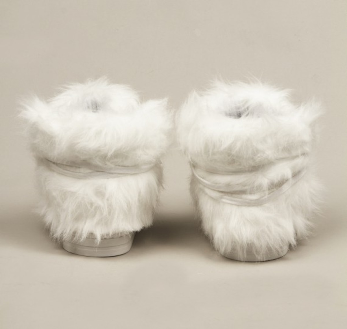 terence-koh-opening-ceremony-forfex-furry-sneakers-03