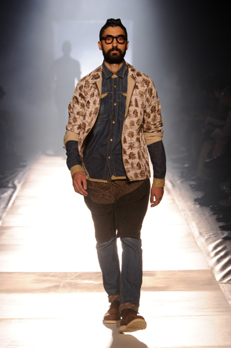 white-mountaineering-spring-summer-2012-07