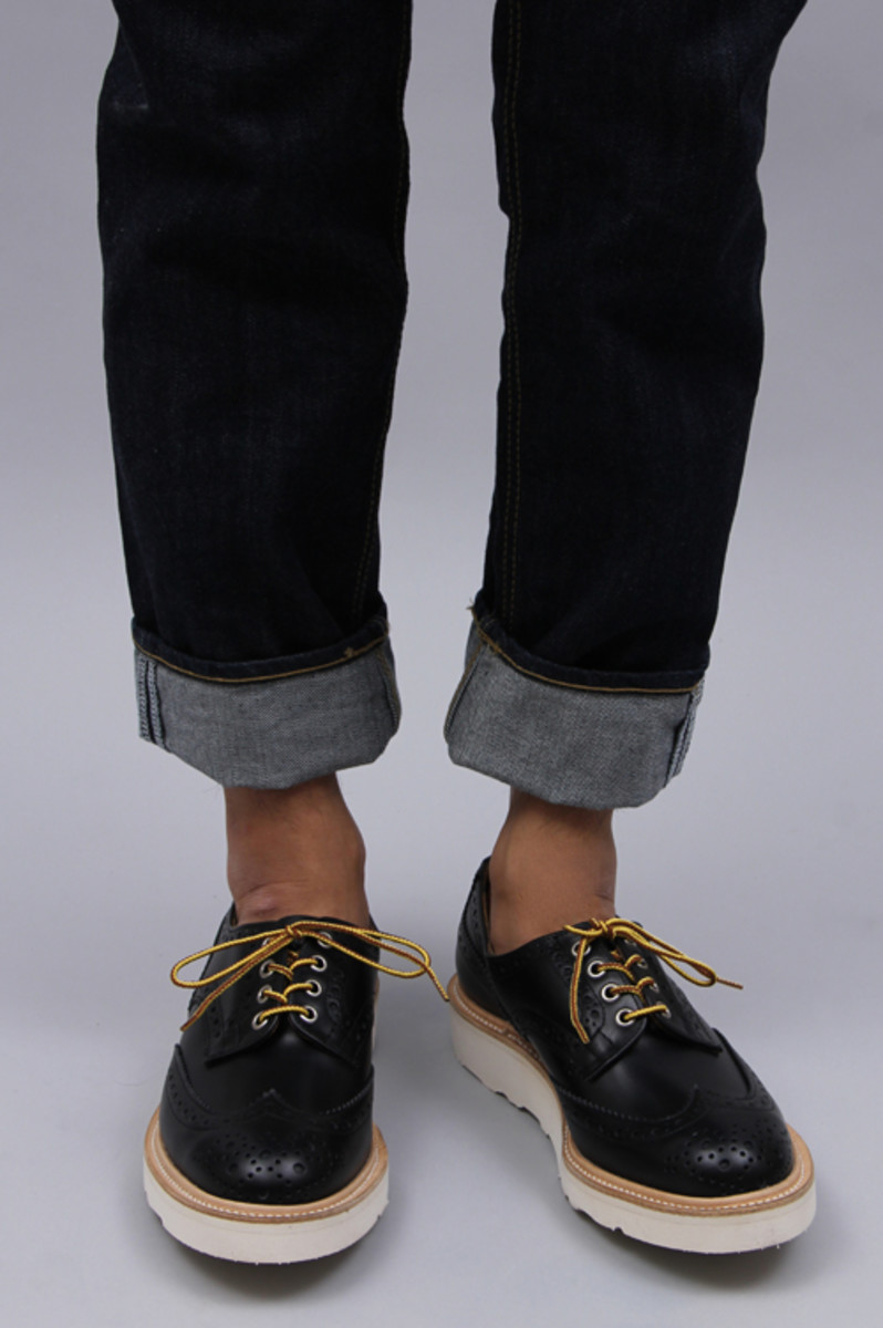 wing-tip-shoes-03