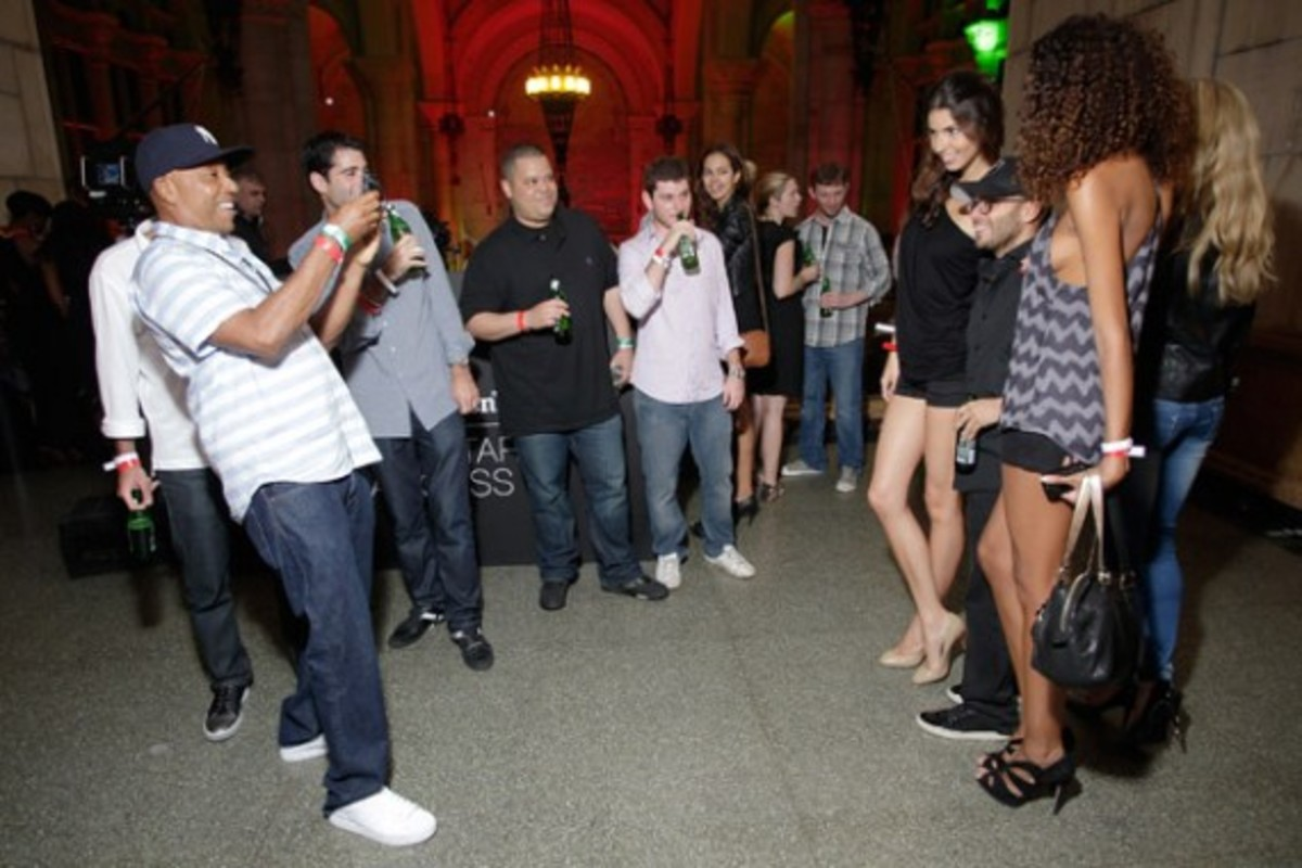 heineken-red-star-access-kanye-west-09