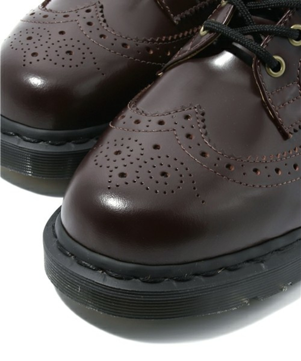 7-hole-wing-tip-boots-06