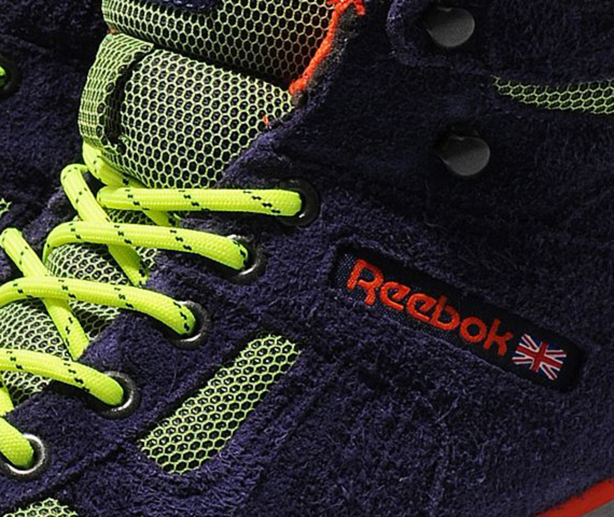 reebok-night-sky-mid-gore-tex-thinsulate-08