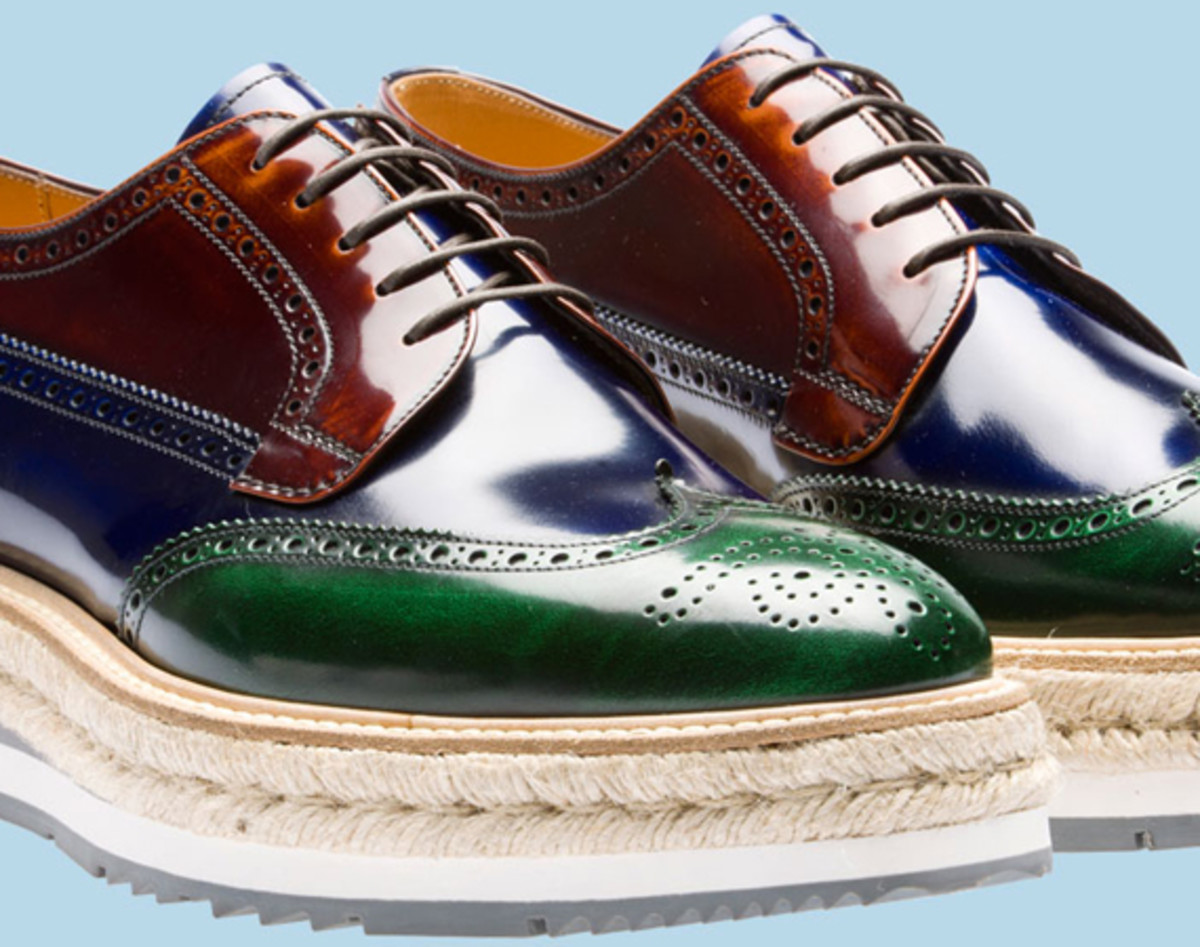 prada-tricolor-brushed-leather-lace-up-02