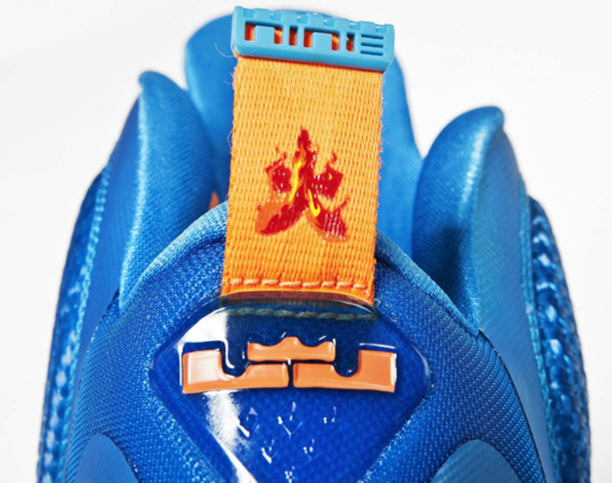 nike-lebron-9-china-edition-detailed-look-07