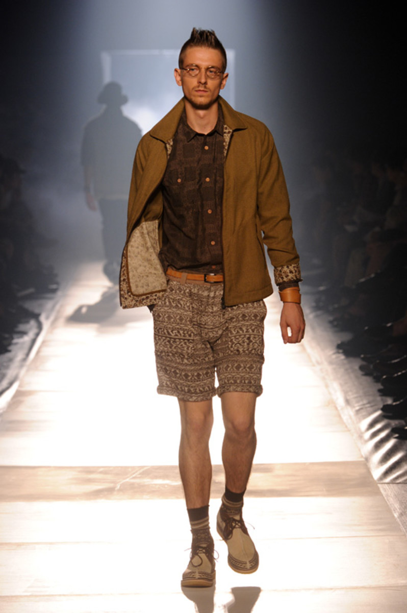 white-mountaineering-spring-summer-2012-29
