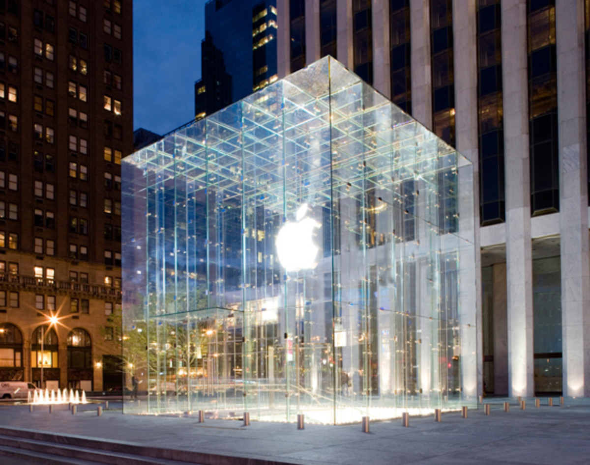 apple-fifth-avenue-flagship-nyc-00