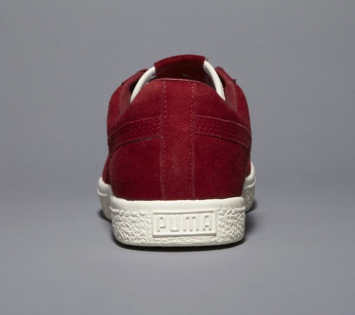 undefeated-puma-clyde-coverblock-maroon-03