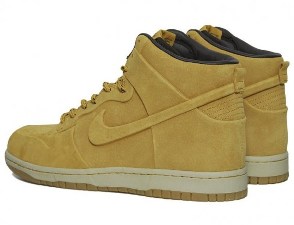 nike-dunk-high-vt-premium-qs-03