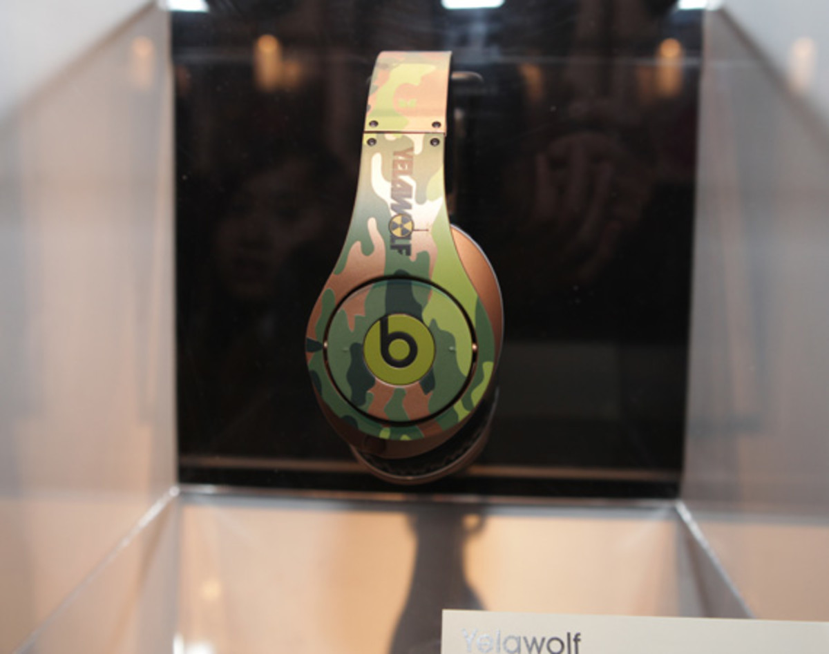 beats-by-dre-custom-headphones-20