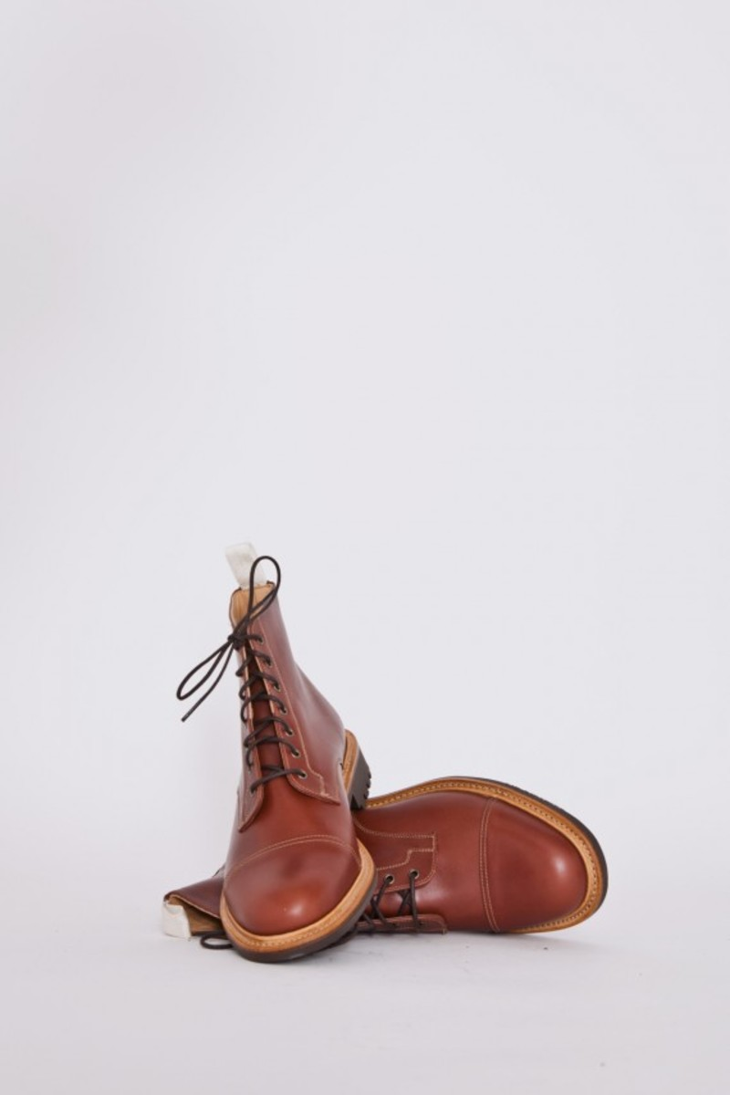tan-waxy-derby-boots-04