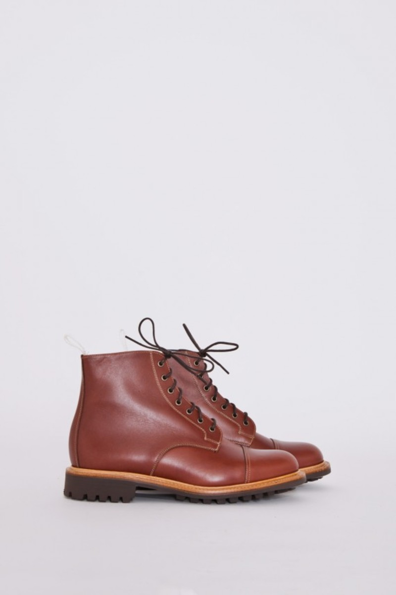 tan-waxy-derby-boots-01