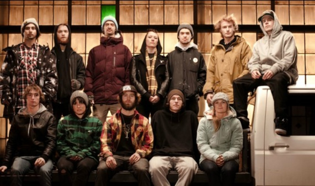 nike-snowboarding-winter-2011-collection-lookbook-17