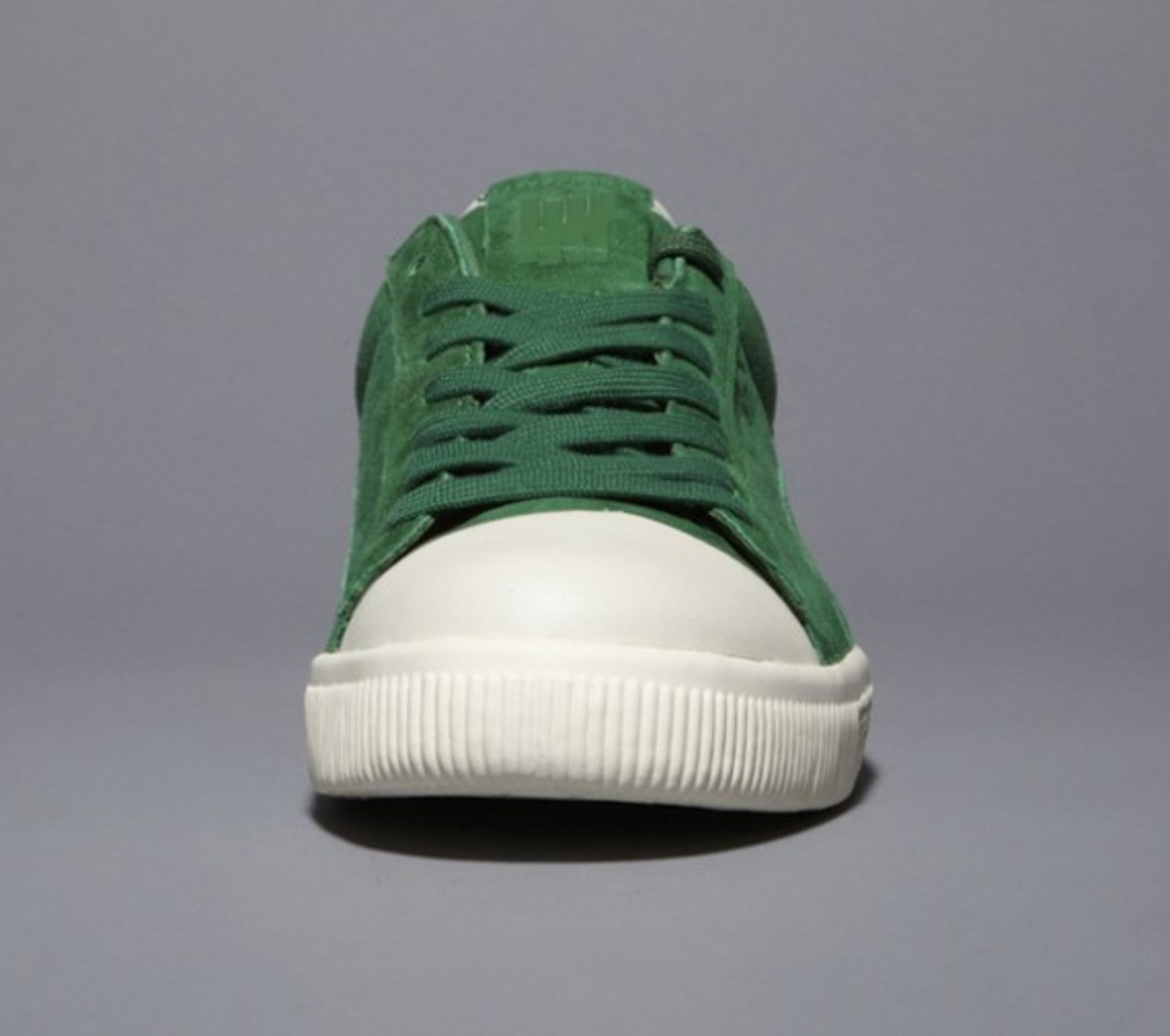 undefeated-puma-clyde-coverblock-green-02