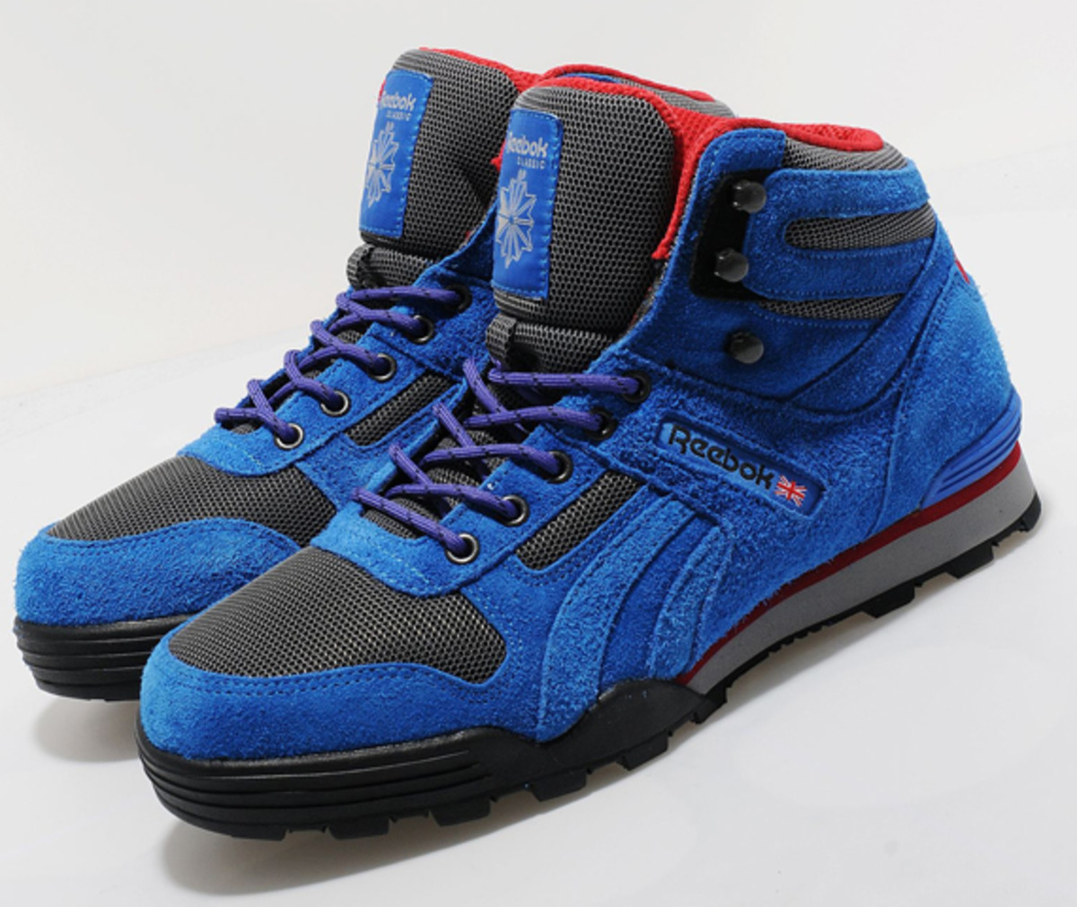 reebok-night-sky-mid-gore-tex-thinsulate-01