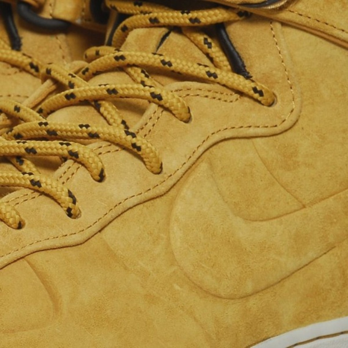 nike-air-force-1-high-vt-premium-qs-05