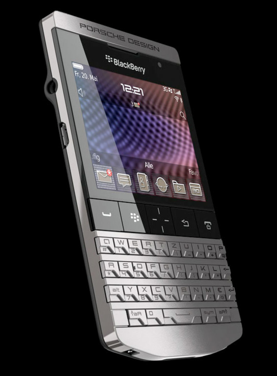 blackberry-porsche-p9981-02