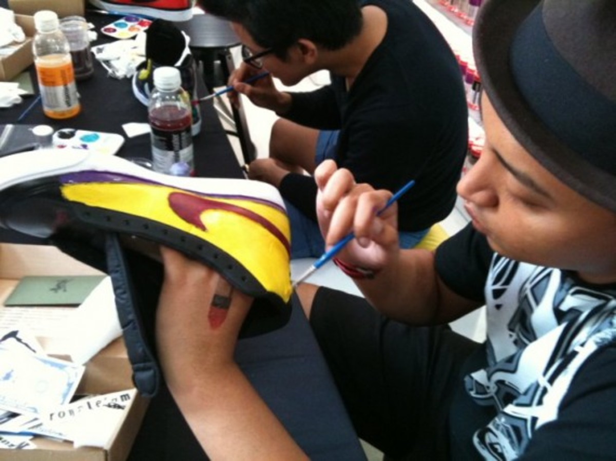 sneaker-customizing-workshop-singapore-02