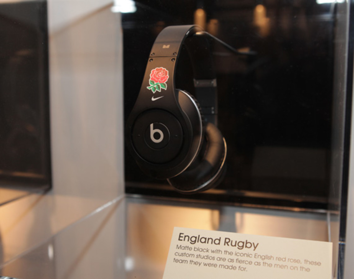 beats-by-dre-custom-headphones-15