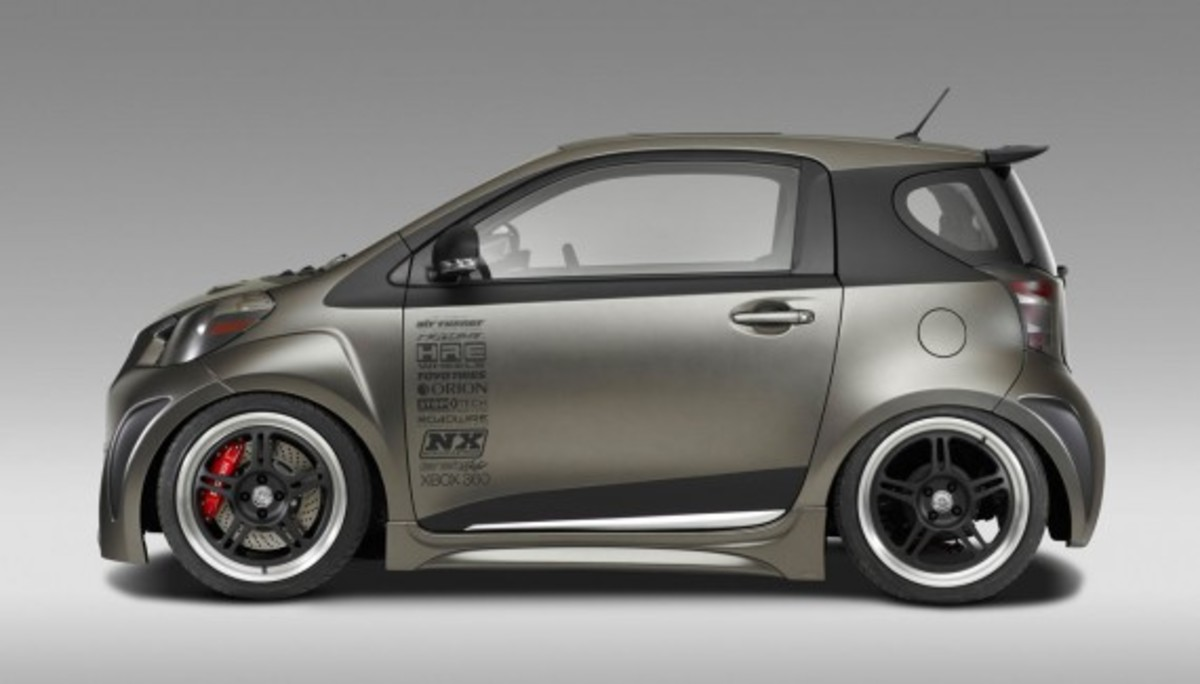 03-scion-iq-by-jon-sibal