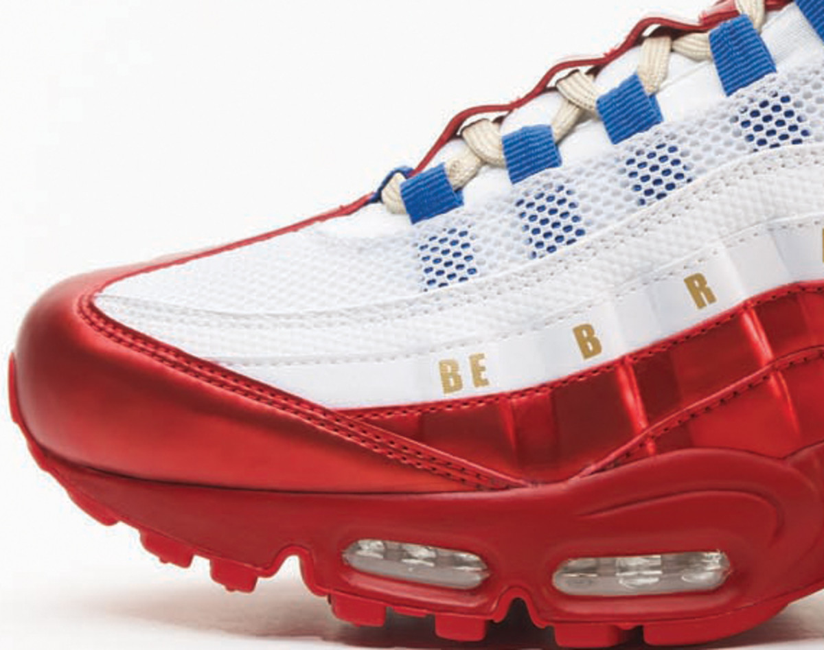 nike-doernbecher-freestyle-2011-air-max-95-daniel-bair-02