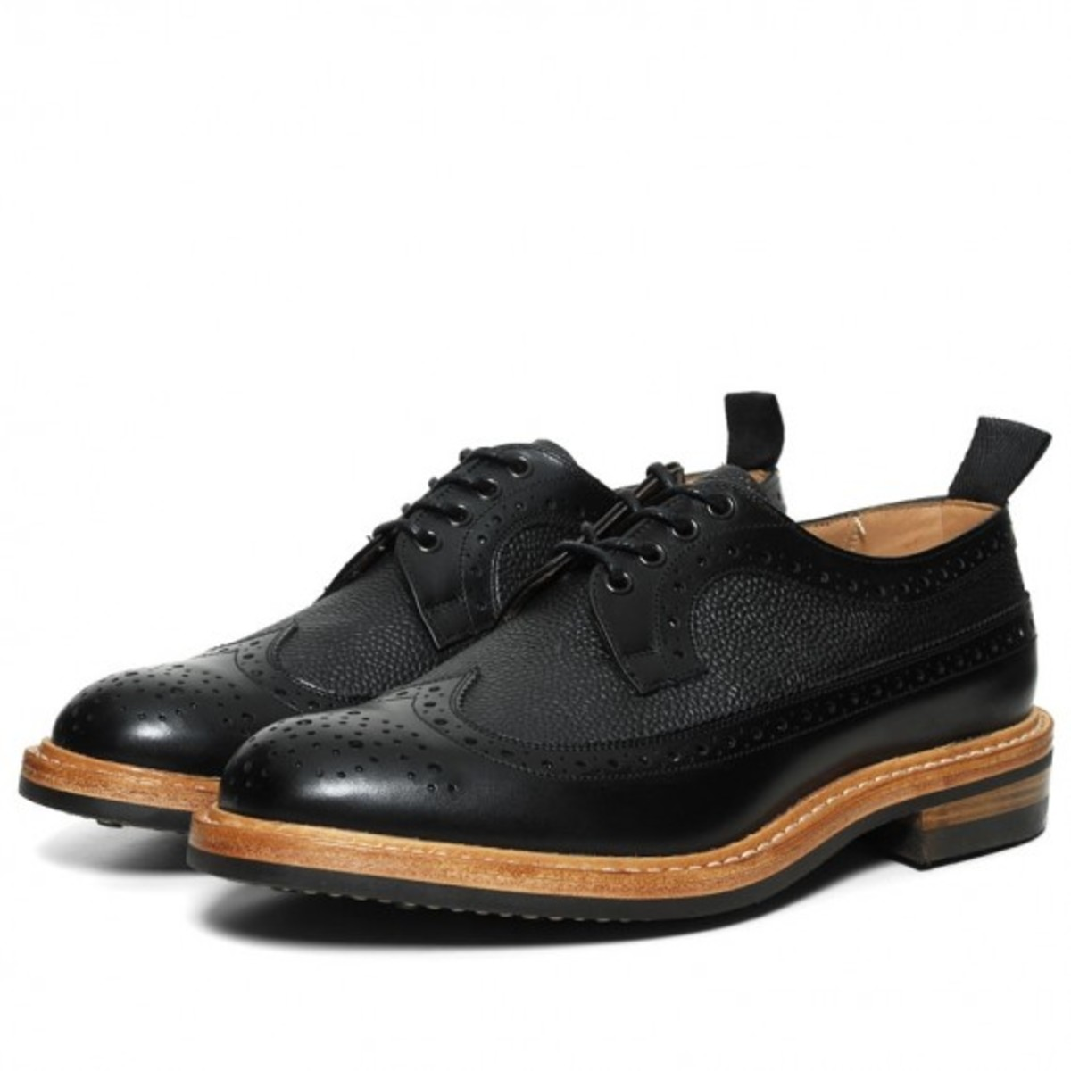 two-tone-long-wing-brogue-01