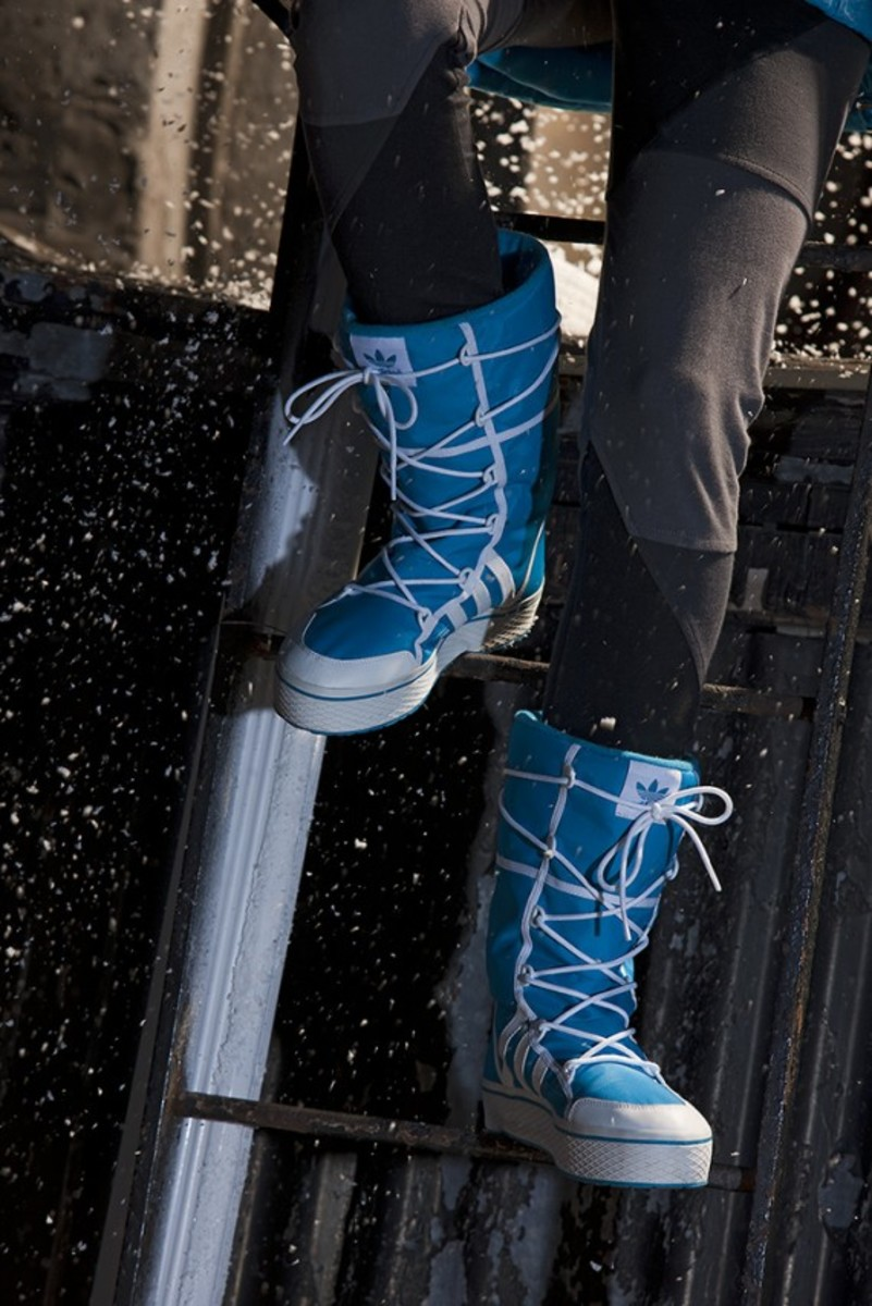 adidas-originals-women-collection-winter-2011-07