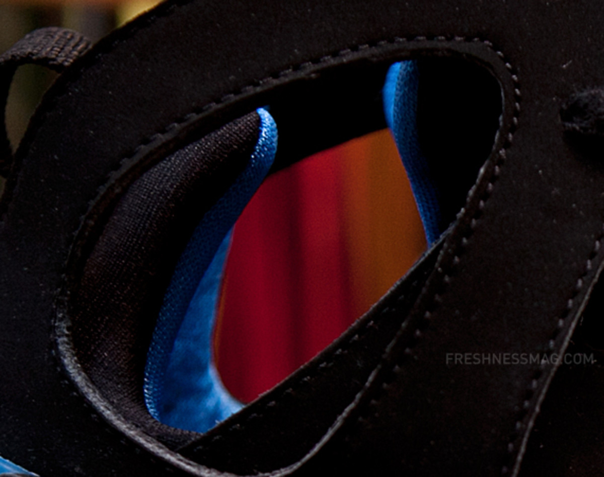 nike-air-huarache-basketball-2012-qs-black-italy-blue-06