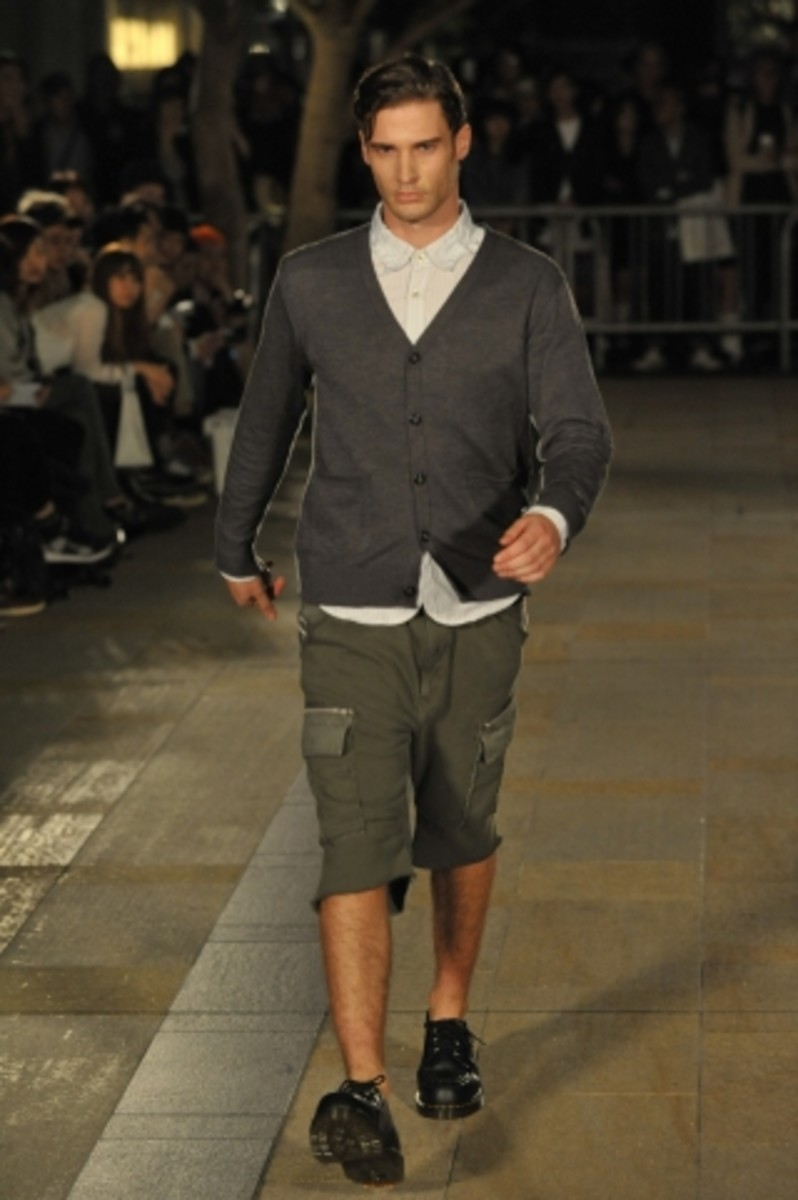 whiz-limited-spring-summer-2012-collection-runway-12