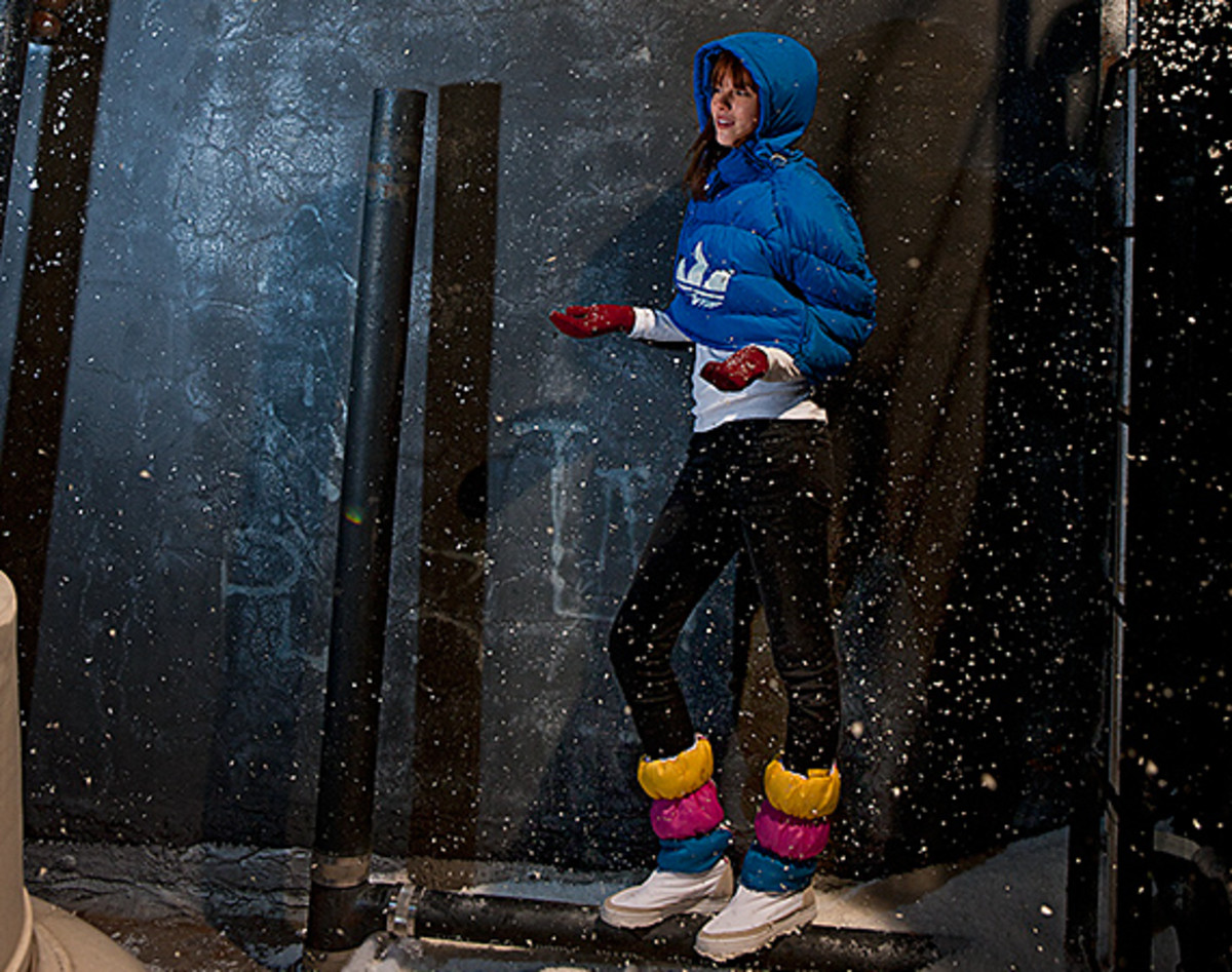 adidas-originals-women-collection-winter-2011-00
