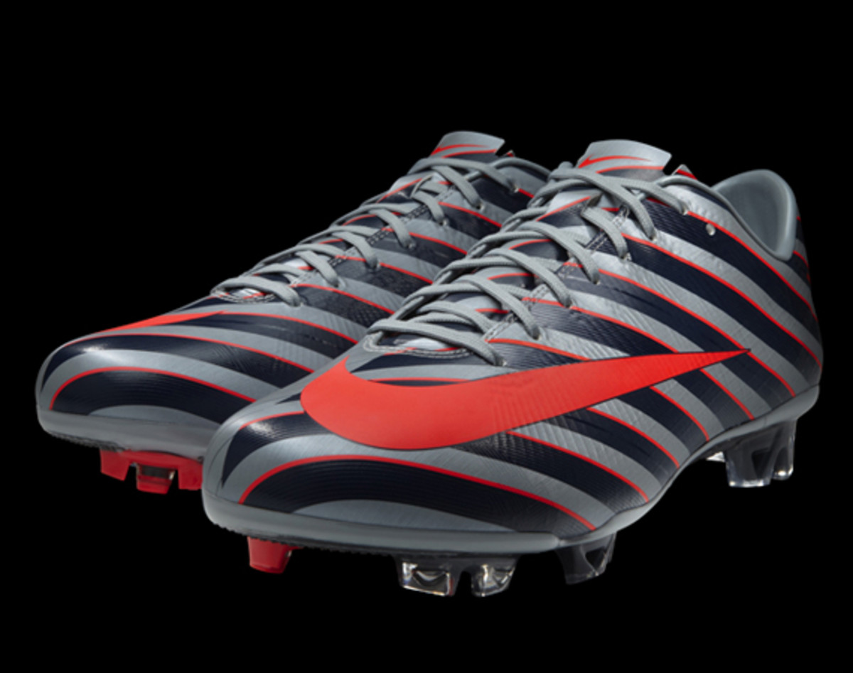 Nike-CR-Mercurial-Vapor-Superfly-iii-03