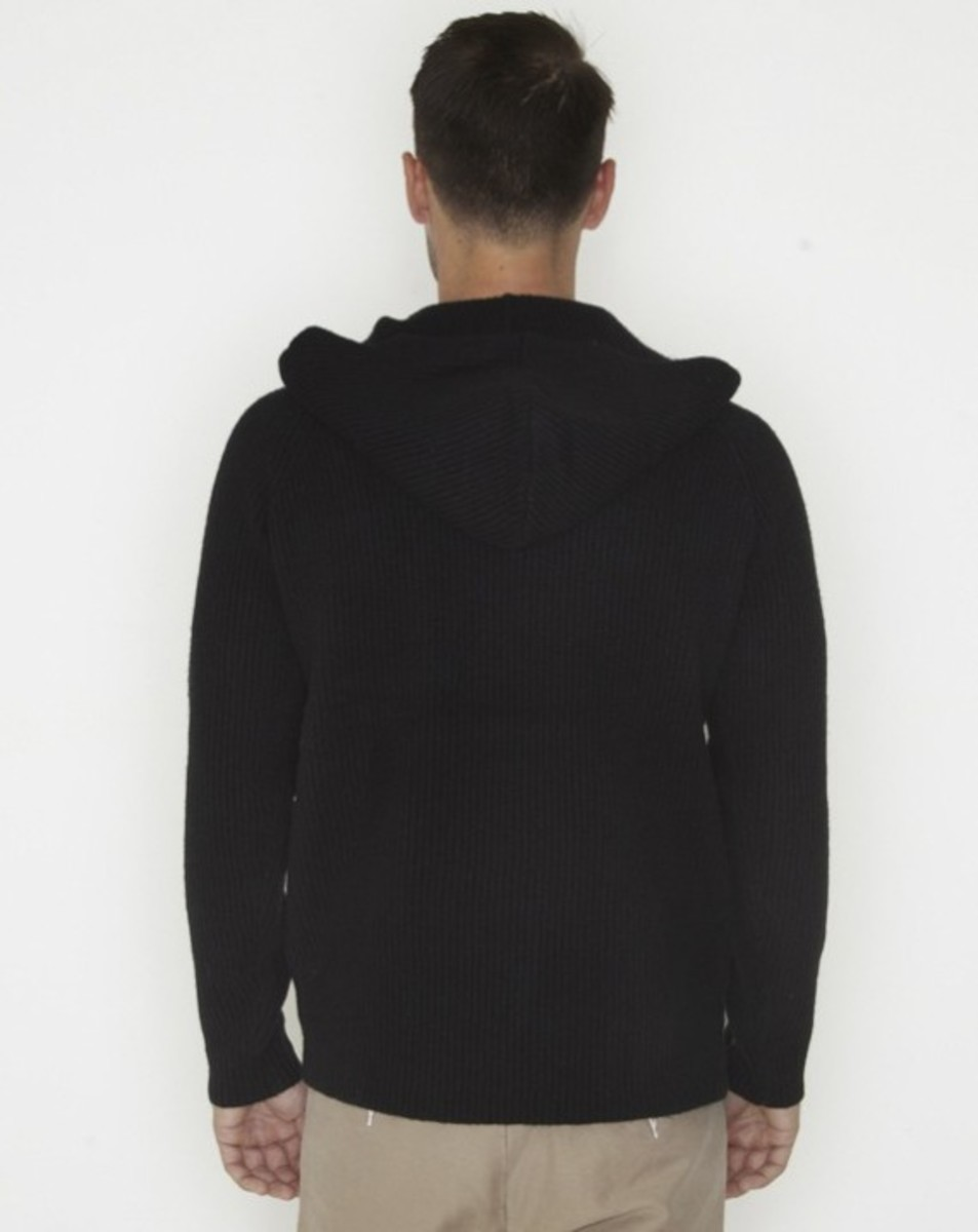 stussy-fall-2011-surplus-collection-rib-hoodied-raglan-02
