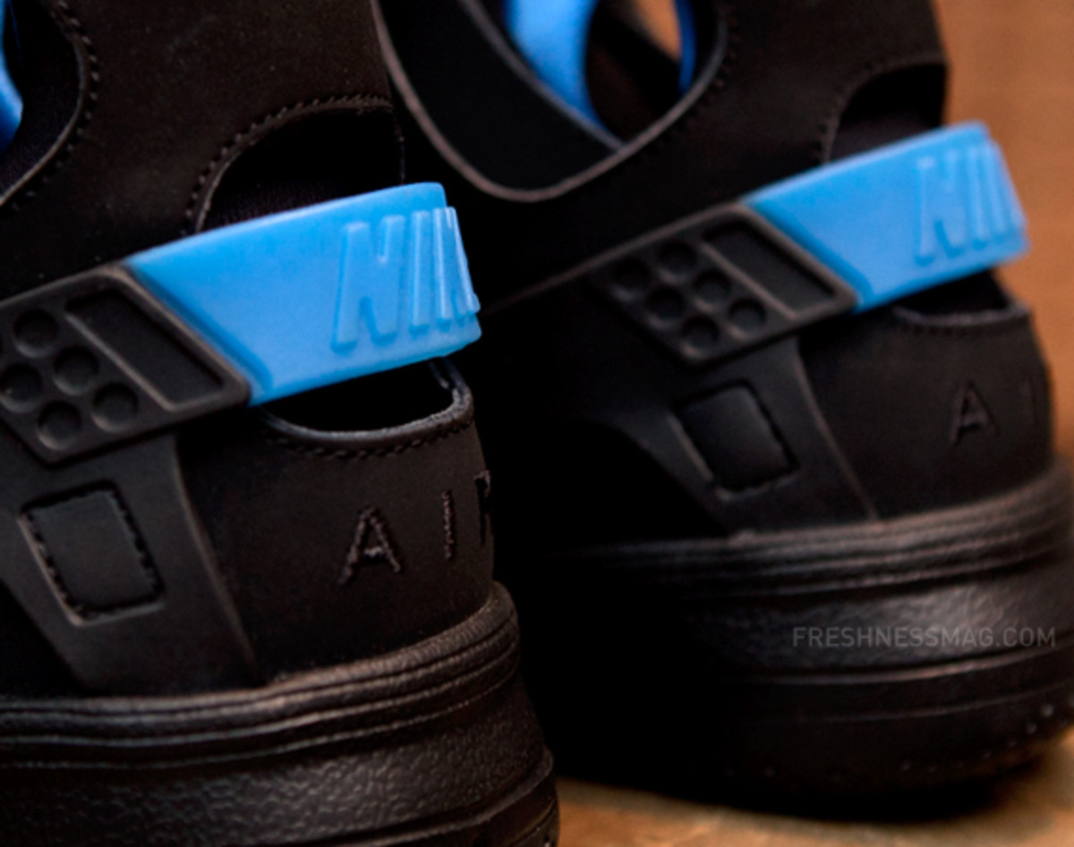 nike-air-huarache-basketball-2012-qs-black-italy-blue-07