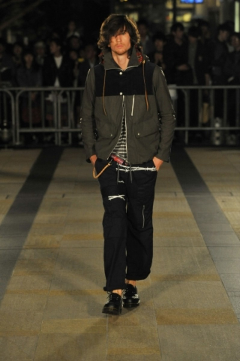 whiz-limited-spring-summer-2012-collection-runway-18