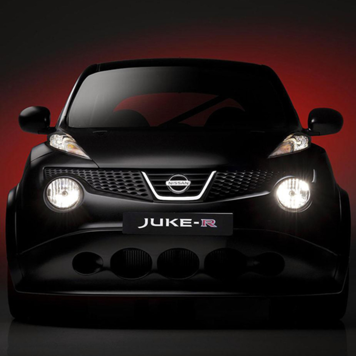 nissan-juke-r-officially-unveiled-07